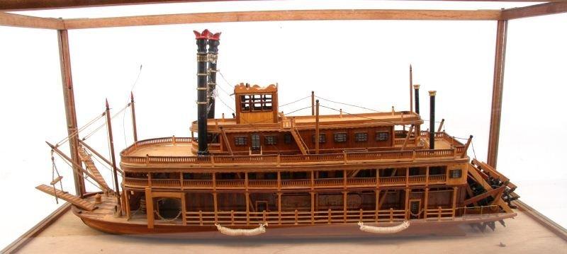 KING OF MISSISSIPPI CASED WOOD MODEL RIVER BOAT - 2