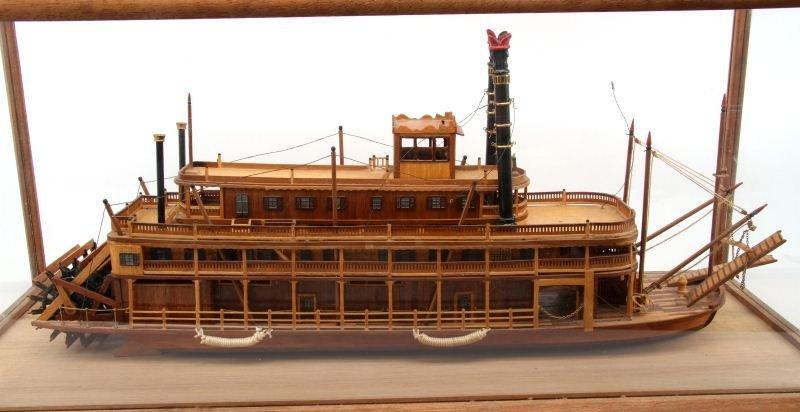KING OF MISSISSIPPI CASED WOOD MODEL RIVER BOAT - 4