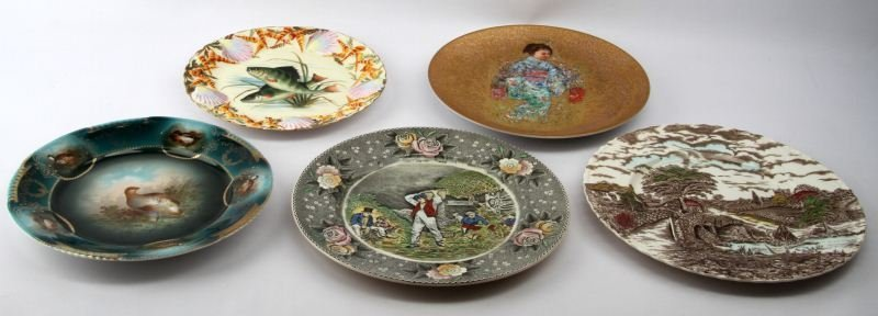 LOT OF FIVE THEMED ANTIQUE CABINET PLATES