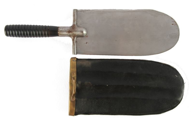 US 1873 ENTRENCHING TOOL WITH SCABBARD