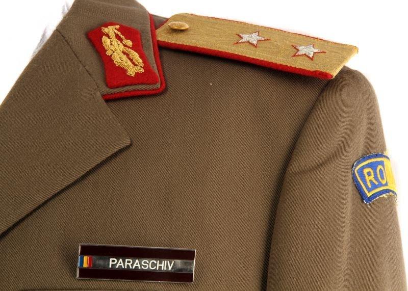 SOVIET RUSSIAN POST-WAR GENERAL'S UNIFORM - 2