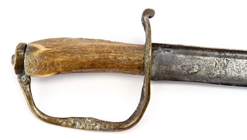 EARLY AMERICAN COLONIAL SHORT SWORD HANGER - 2