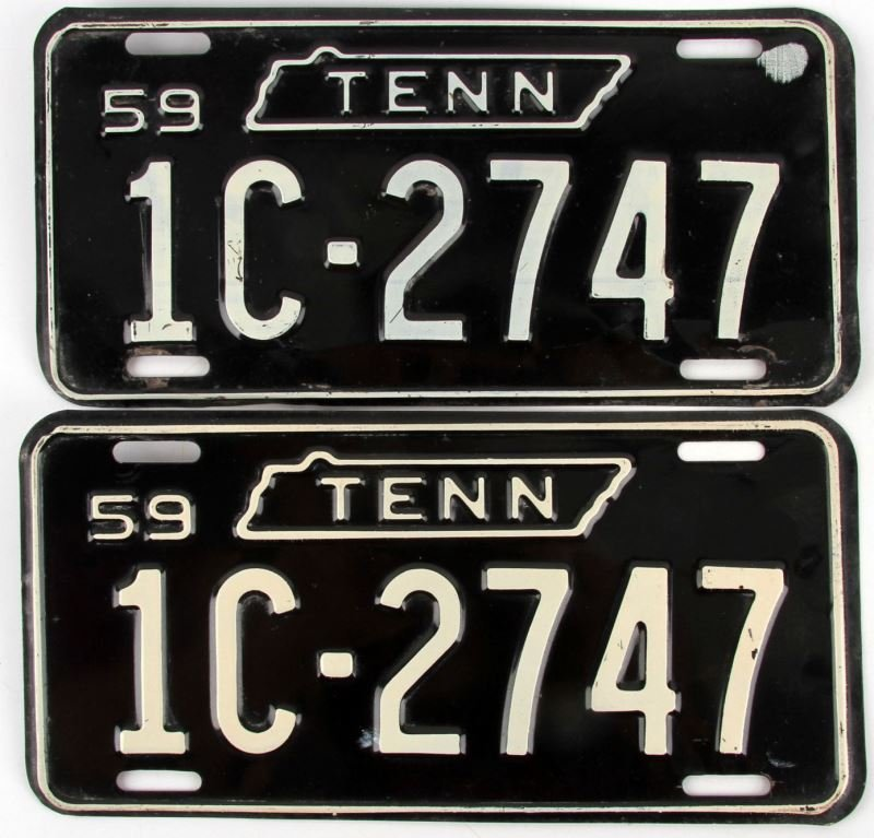 1959 PAIR OF TENNESSEE LICENSE PLATES TAGS
