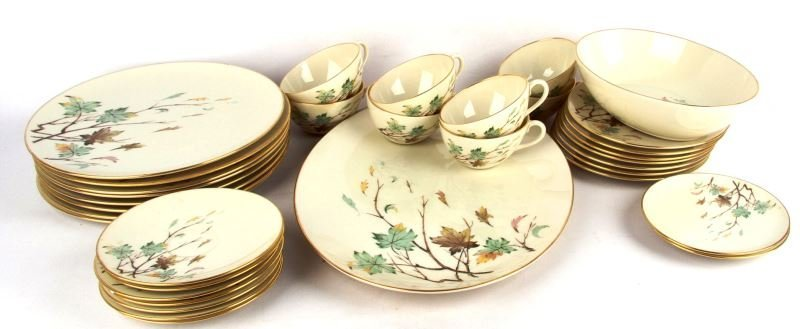 LOT OF LENOX WESTWIND LEAVES GOLD PATTERN CHINA