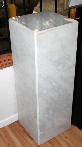 LARGE WHITE MARBLE PLINTH