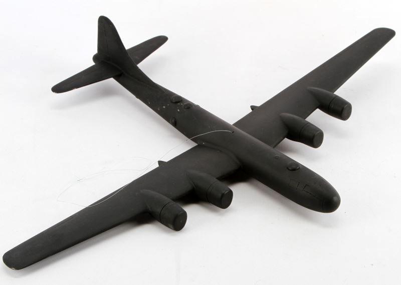 WWII B-29 SUPER FORTRESS IDENTIFICATION MODEL