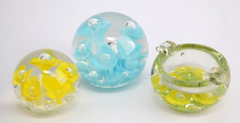 JOE ST CLAIR YELLOW BLUE PAPERWEIGHT LOT OF 3
