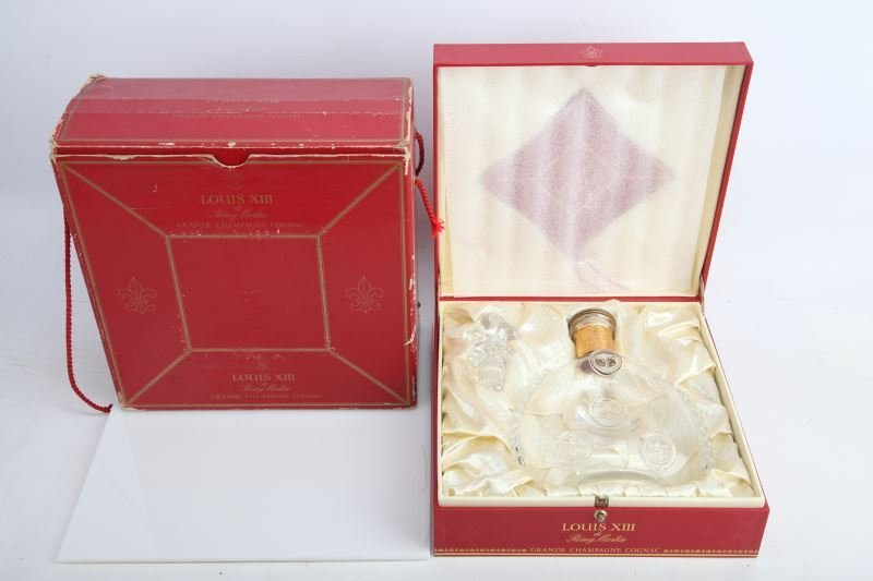 REMY MARTIN LOUIS XIII COGNAC CRYSTAL BOTTLE