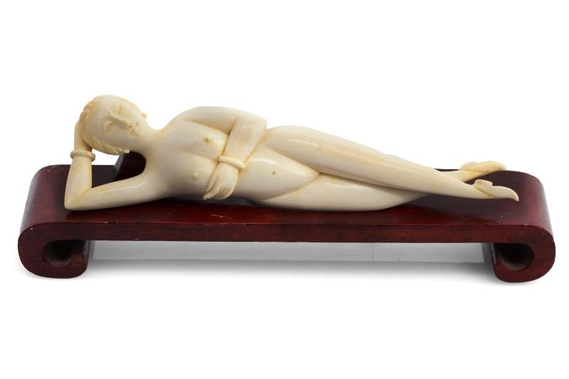 CHINESE CARVED IVORY DOCTOR'S FEMALE MODEL