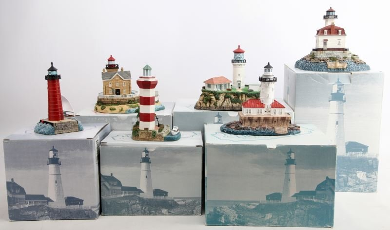 6 DIFFERENT HARBOUR LIGHTS LIGHTHOUSES BOXED LOT