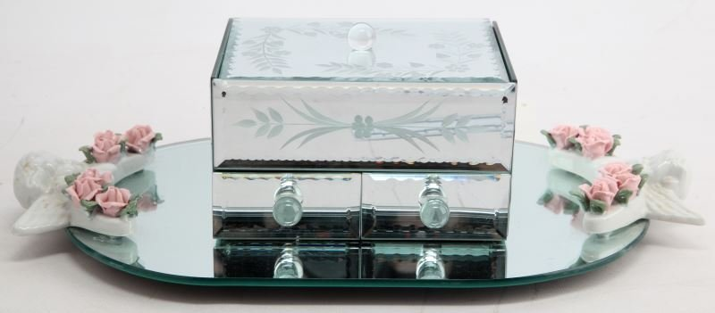 MIRRORED JEWELRY BOX AND TRAY