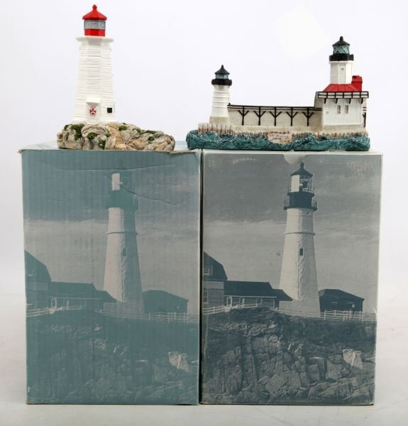 GROUP OF 2 HARBOUR LIGHTS LIGHTHOUSES