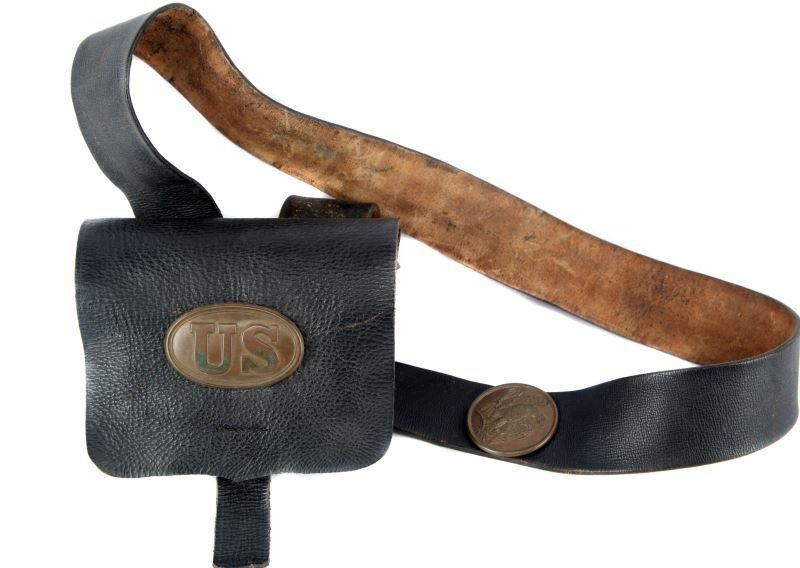 CIVIL WAR 1865 ISSUE AMMO POUCH WITH EAGLE & STRAP