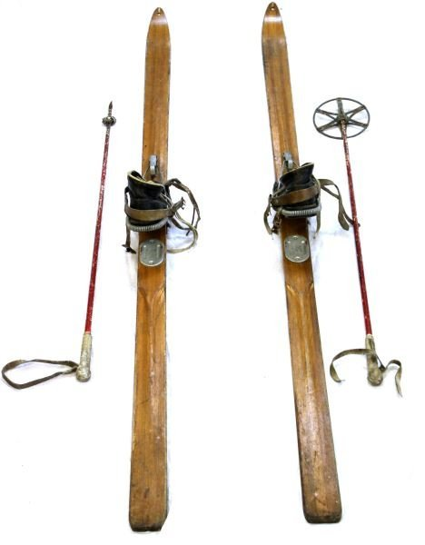 WWII NORTHLAND US MILITARY SKIS WITH POLES & SHOES - 2