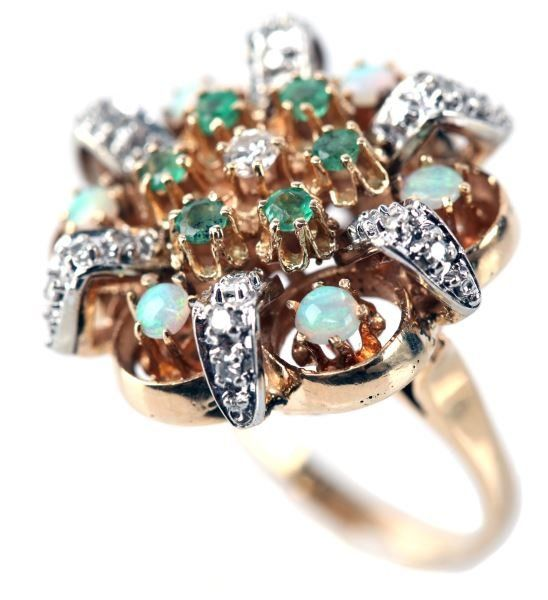 VINTAGE LADIES 14K YG DIAMOND, EMERALD & OPAL RING