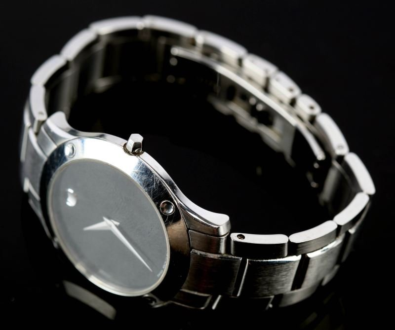MENS MOVADO WRISTWATCH STAINLESS STEEL 84-G1-885 - 4