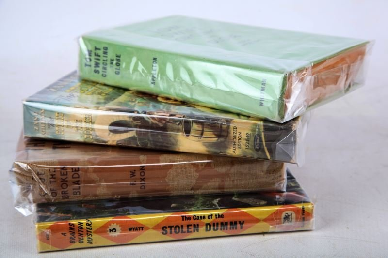 MIXED GROUP OF VINTAGE FICTION BOOKS