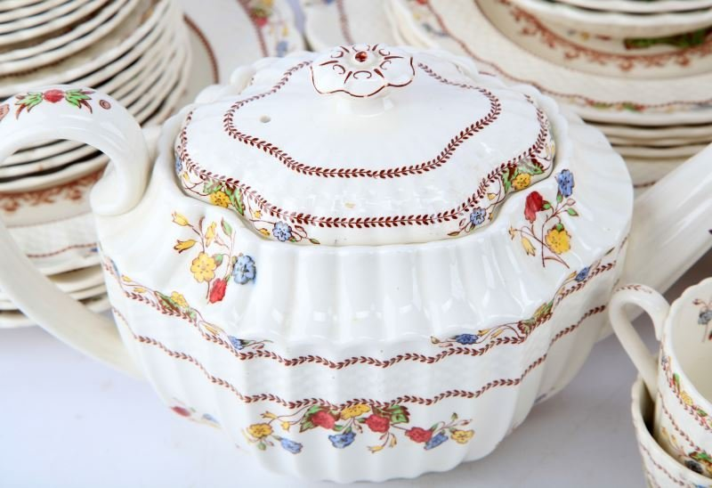 VINTAGE SPODE COWSLIP CHINA SETTING FOR 4 AND MORE - 4