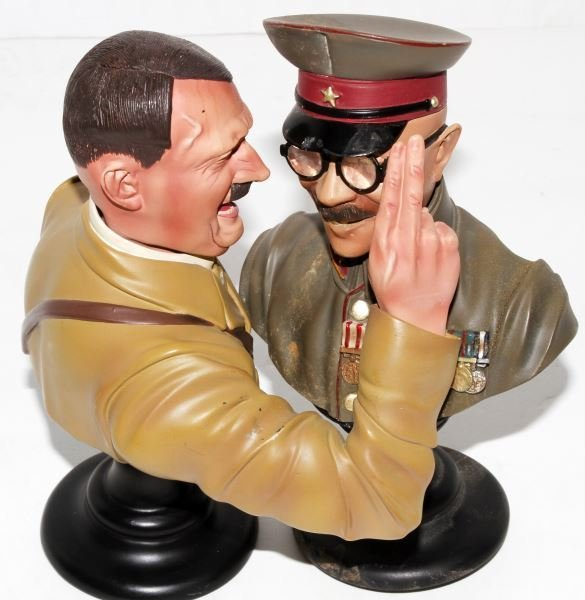 HITLER & TOJO BUSTS BY COLLECTORS SHOWCASE - 2