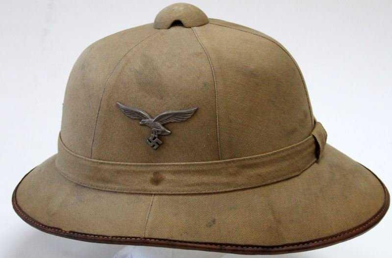 f7aaa794bb7a2 WWII GERMAN LUFTWAFFE AFRIKA KORPS PITH HELMET