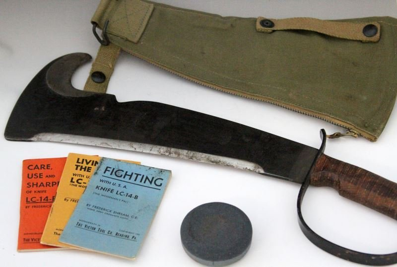 1944 VICTOR LC-14B SURVIVAL JUNGLE KNIFE COMPLETE