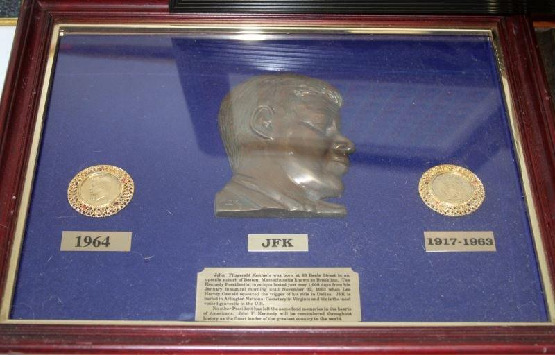 JFK COLLECTIBLES FRAMED WITH COMMEM HALF DOLLARS - 5