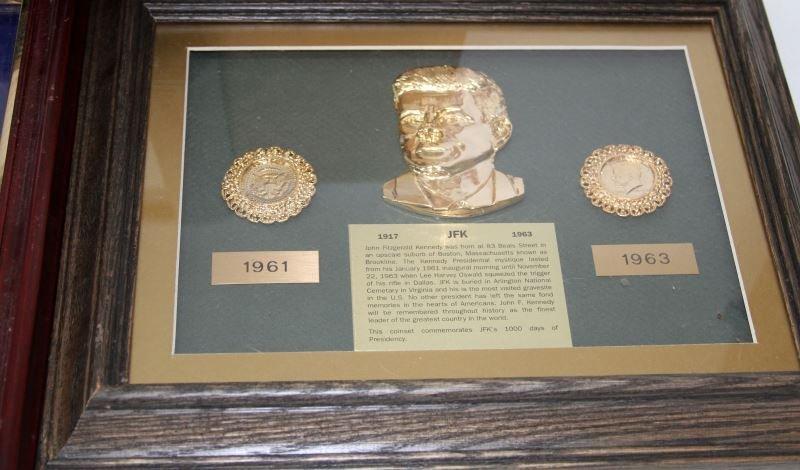 JFK COLLECTIBLES FRAMED WITH COMMEM HALF DOLLARS - 6