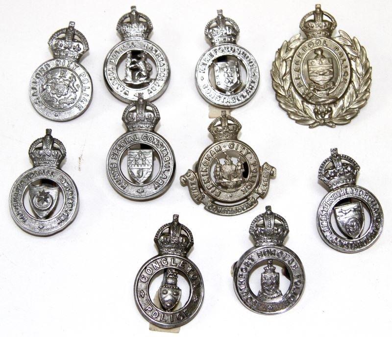 10 KINGS CROWN ENGLAND POLICE CAP BADGE LOT
