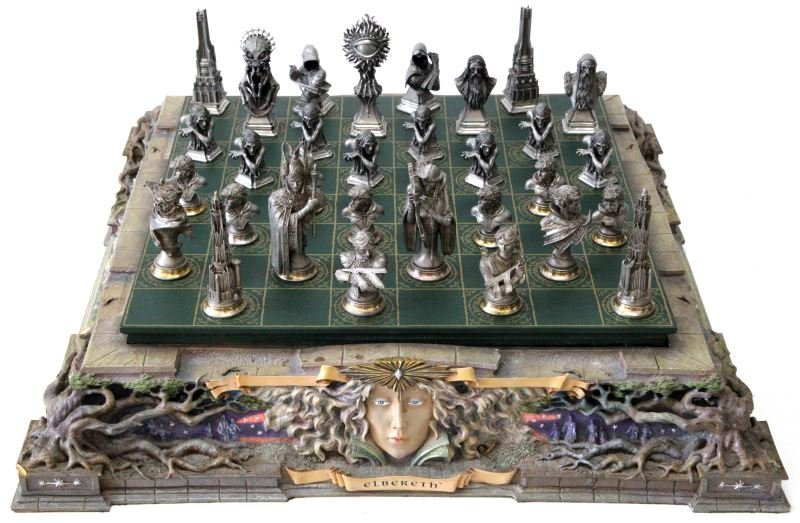 LORD OF THE RINGS FRANKLIN MINT CHESS SET