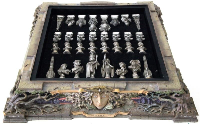LORD OF THE RINGS FRANKLIN MINT CHESS SET - 4