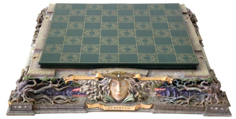 LORD OF THE RINGS FRANKLIN MINT CHESS SET - 5