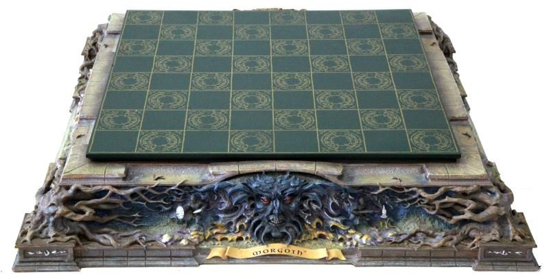 LORD OF THE RINGS FRANKLIN MINT CHESS SET - 7