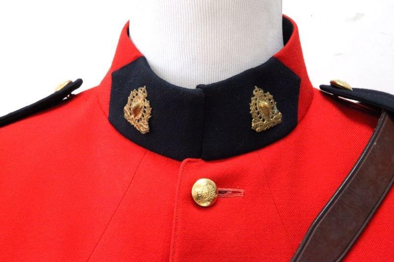 RCMP ROYAL CANADIAN MOUNTED POLICE FULL UNIFORM - 2