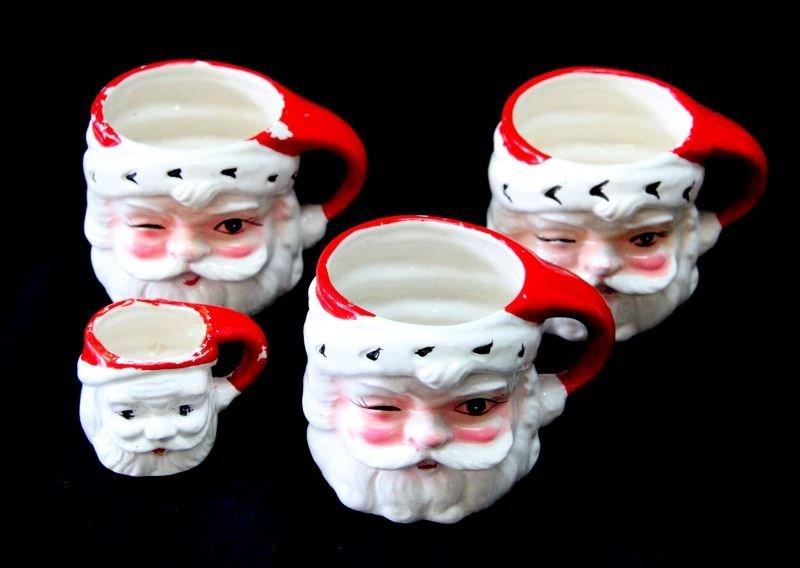 GROUP OF 4 HANDPAINTED VINTAGE CHRISTMAS MUGS