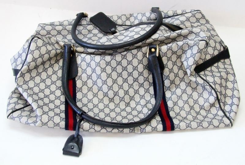 VINTAGE GUCCI DUFFLE BAG WITH GG MONOGRAM