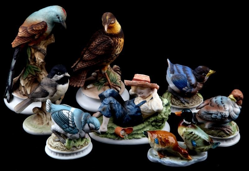 LOT OF 8 LEFTON CHINA  FIGURINES BIRDS AND BOY