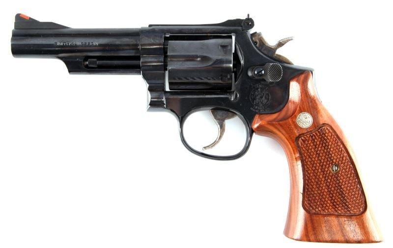 SMITH AND WESSON MODEL 19-6 .357 MAGNUM REVOLVER - 2
