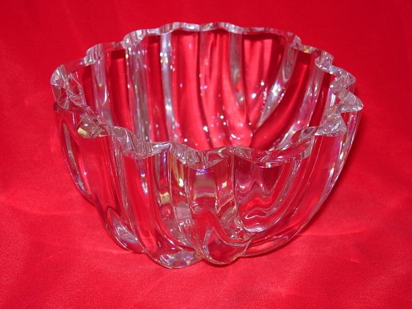 11006:  MC  FORS ARTIST SIGNED LEAD CRYSTAL CANDY BOWL
