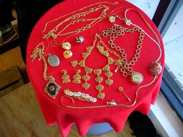 11254: VINTAGE JEWELRY LOT STERLING SILVER NECKLACE MON