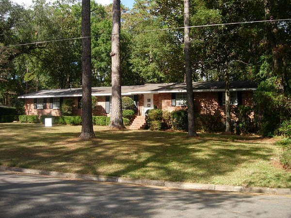 12301: TALLAHASSEE FLORIDA 4 BED / 3 BATH HOME W STUDIO