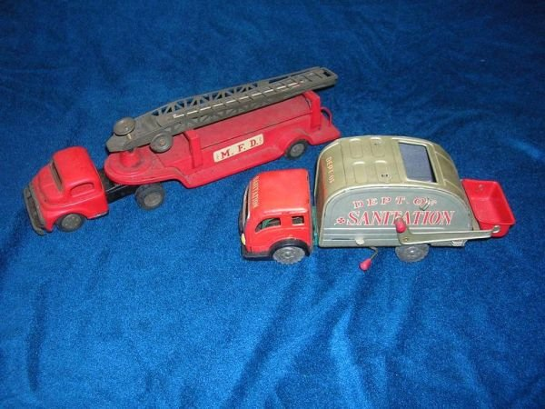 12305: ANTIQUE TOY FIRE TRUCK JAPAN W SANITATION TRUCK