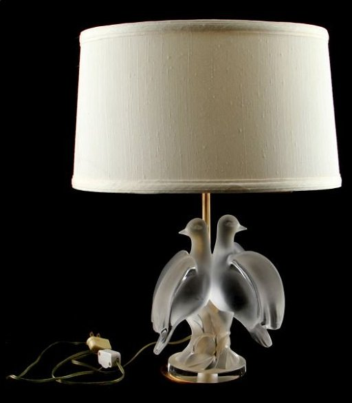 Lalique France Ariane Double Dove Crystal Lamp