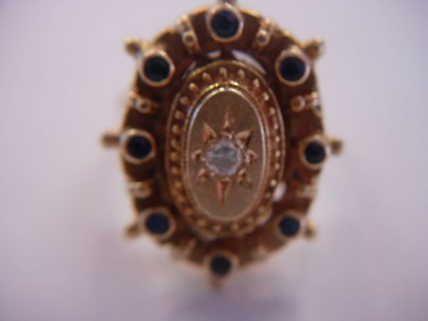 260: VINTAGE ETRUSCAN 14K GOLD DIAMOND SAPPHIRE RING
