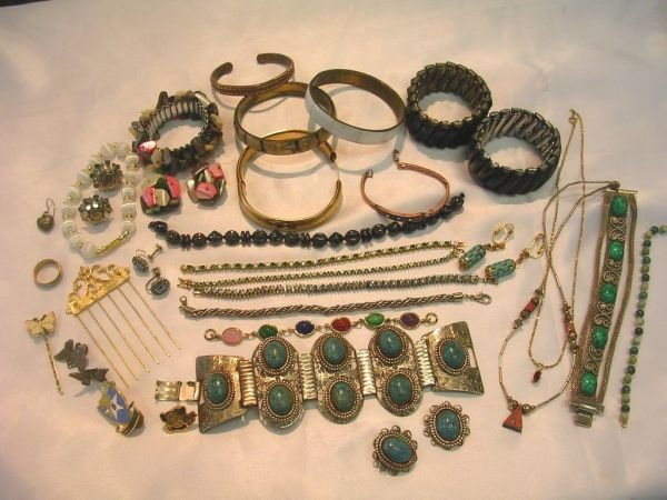 254: STERLING TURQUOISE COPPER JADE ONYX JEWELRY LOT