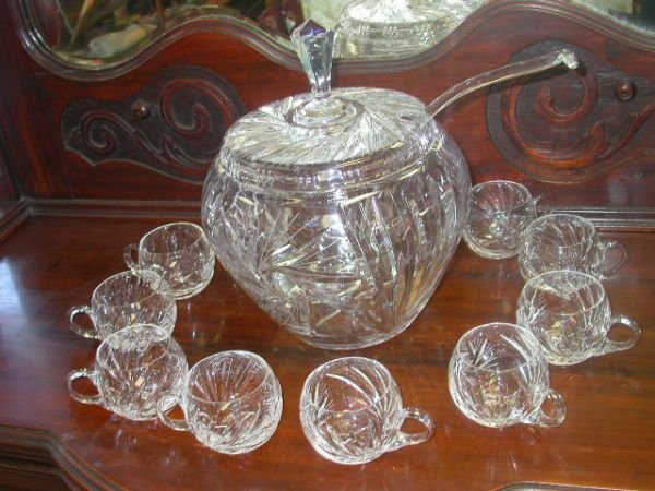 453: ANTIQUE CRYSTAL PUNCH BOWL W LID LADLE & 10 CUPS