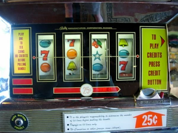 395: VINTAGE SLOT MACHINE BALLY CONTINENTAL - 3