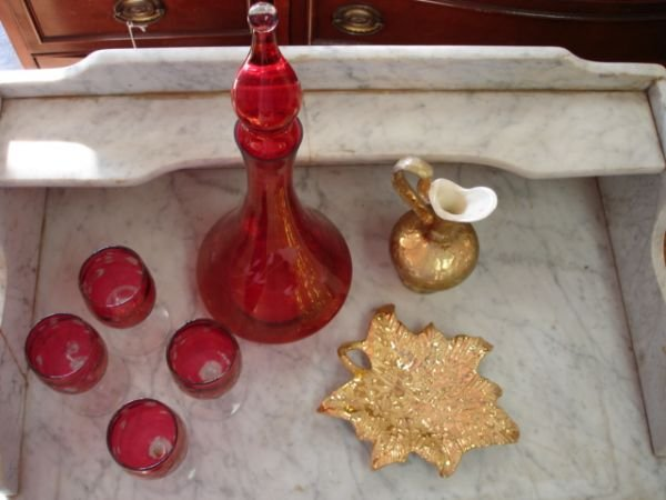 252: CRANBERRY GLASS DECANTER 24K GOLD POTTERY LOT OF 7