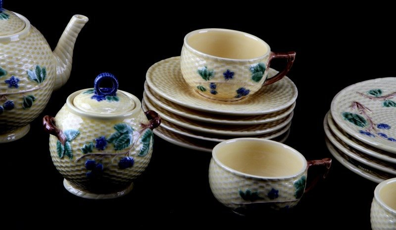 TIFFANY & CO. BLACKBERRY CHINA TEA SET 4 PORTUGAL - 2