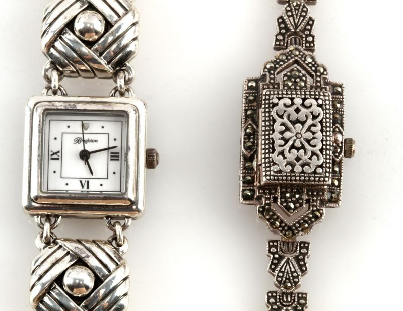 LOT OF TWO LADIES WRISTWATCHES SILVER BOMA - 2