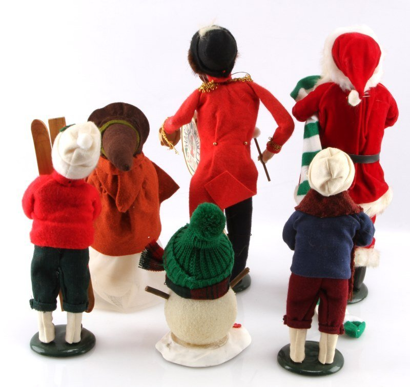 LOT OF SIX BYERS CHOICE THE CAROLERS DOLLS - 4